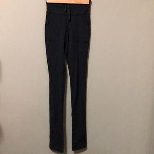 Lululemon highwaisted long leggings black size 2